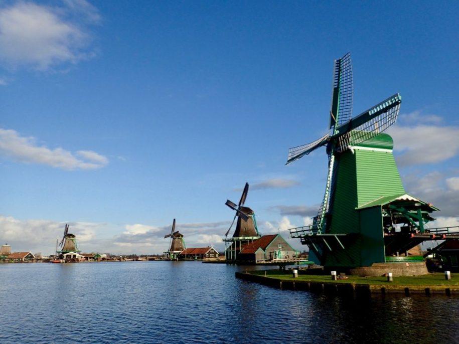 Visit the windmills near Amsterdam